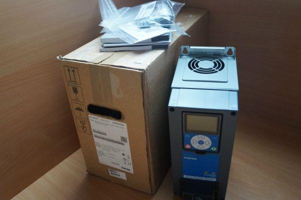 VACON HAVAC VACON0100-3L-0003-5-HVAC+SBF4+IP54+QDSS+DPAP+DLDE Frequenzumrichter