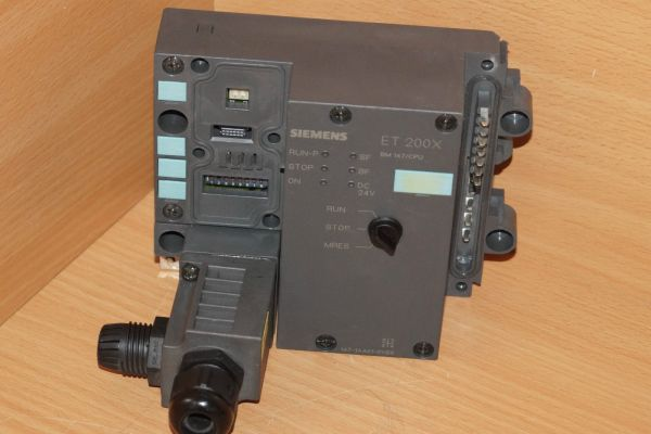 Siemens 6ES7 147-1AA01-0XB0 simatic 6ES7147-1AA01-0XB0 E-Stand:01