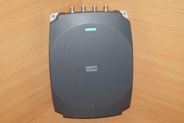 Siemens 6GT2 811-0AB00-0AA0 Simatic RF670R (ETSI) 6GT2811-0AB00-0AA0 Version:A3