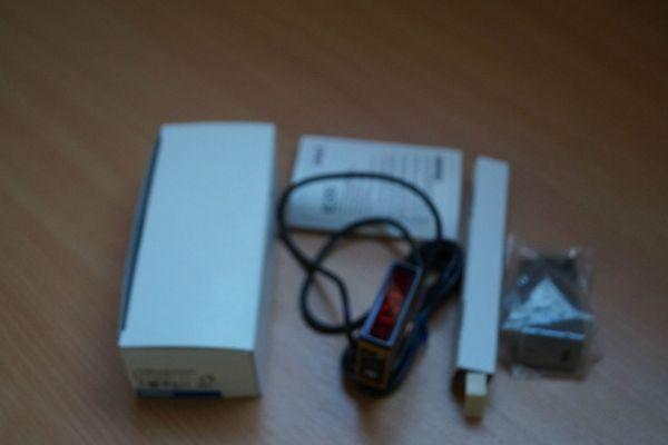 OMRON E3S-LS10XE4 PHOTOELECTRIC SENSOR